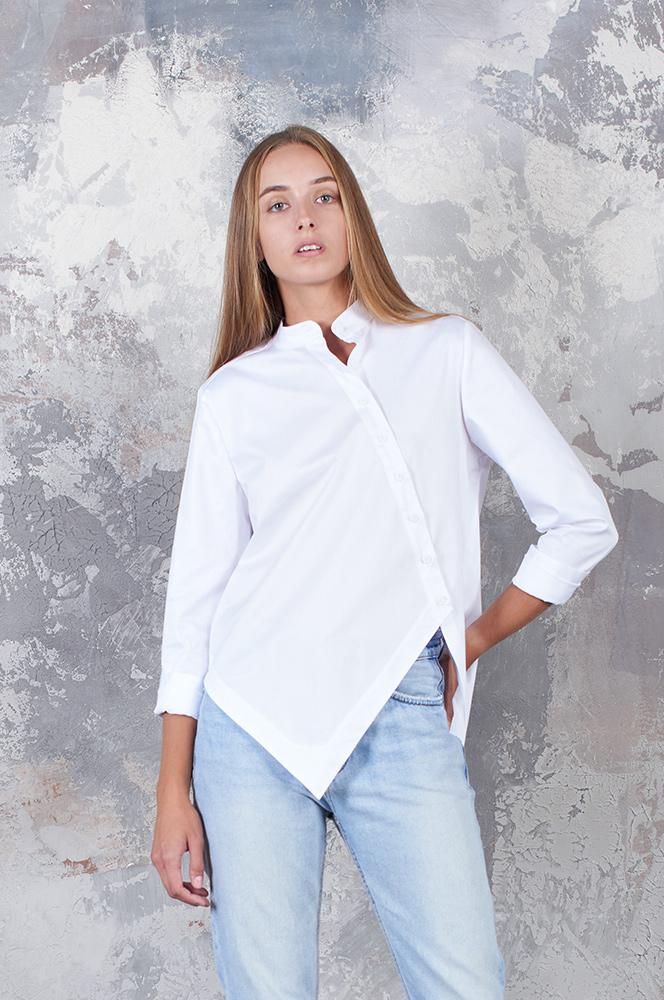 Сорочка асиметрія з косою застібкою біла (Р 74)