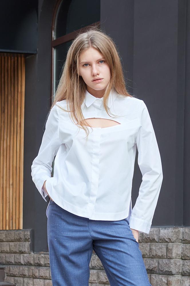 Сорочка з вирізом біла (Р 86)