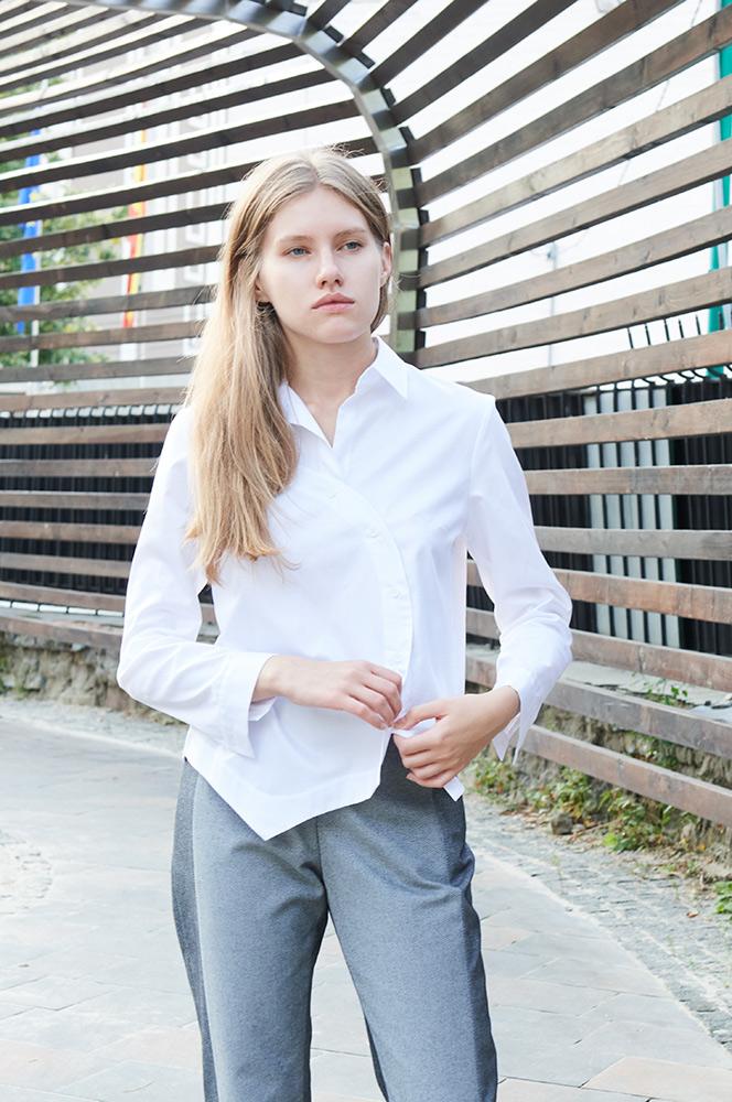 Сорочка біла з фігурною полою 2 (Р 85)